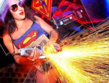 Female angle grinder performer