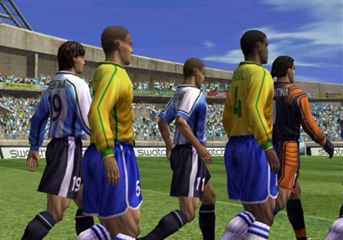Screen Shot of Virtua Striker Arcade Machine players
