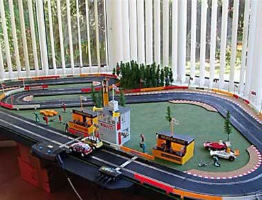 Exhibition scalextric set