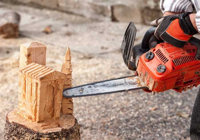 Man Chainsaw Carving