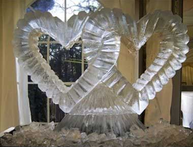 Image of a wedding ice sculpture