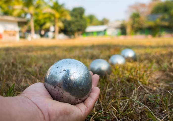 Set of Boules in a game