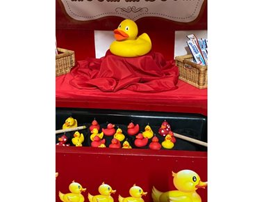 Hook a Duck funfair side stall