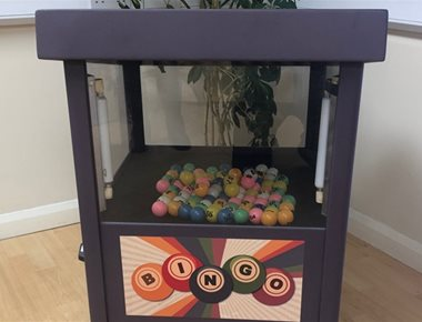 Image of the ball blowing bingo machine