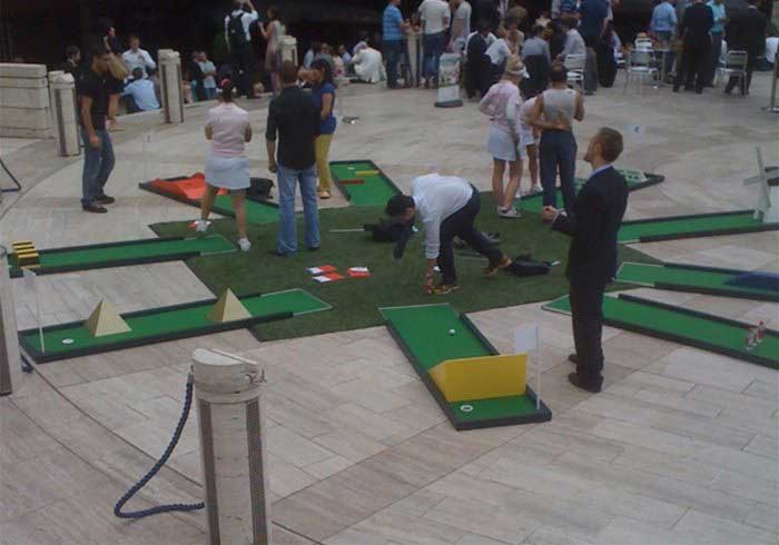 Mobile Crazy Golf Course