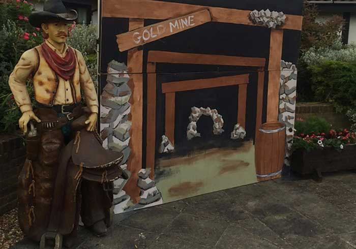 Hire Cowboy Theme Parties