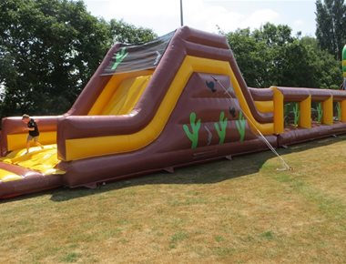 Team Building Inflatable